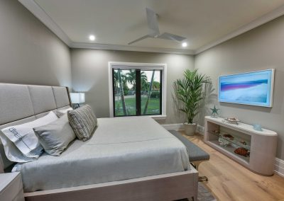 Modern-Jewel_Back-Room-Bed