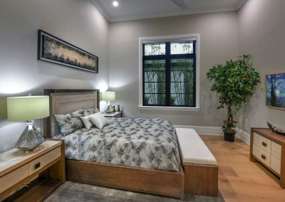 Modern-Jewel_Front-Room-Bed