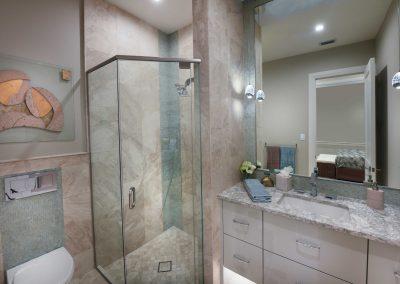 Modern-Jewel_Guest-Front-Room-Bath
